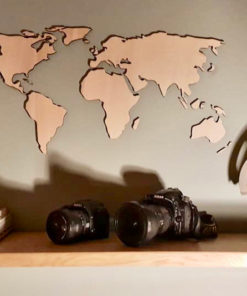 Houten wereldkaarten